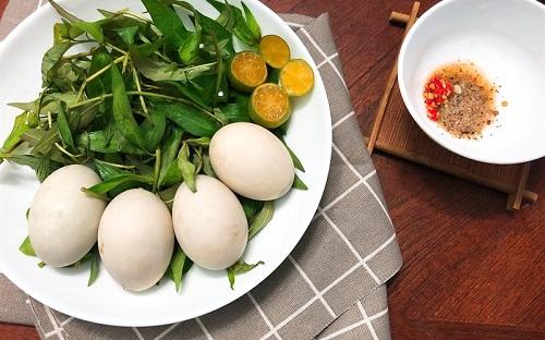 Trứng vịt lộn giúp tăng huyết áp, ngừa huyết áp thấp