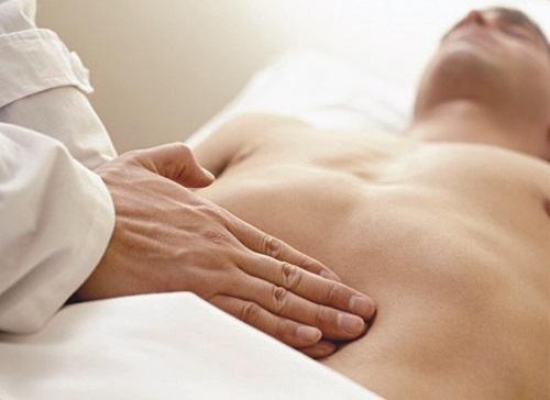 Buồn nôn khó chịu có thể là biểu hiện của chứng loét dạ dày
