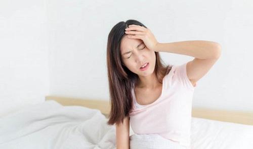 Đau nửa đầu bên phải và nhức mắt cảnh báo bệnh Migraine