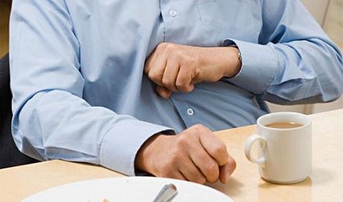 Đầy bụng khó tiêu buồn nôn là biểu hiện của hệ tiêu hóa kém