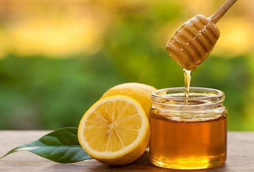 Chữa ho có đờm bằng mật ong và chanh an toàn, lành tính