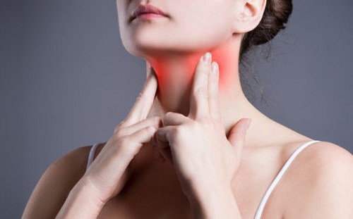Viêm họng hạt là bệnh lý do viêm đường hô hấp gây ra